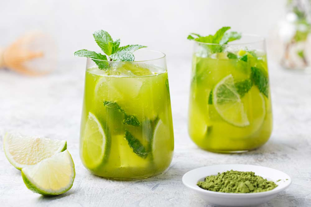 How to Prepare Lemonade with Green Tea for Cancer Patients