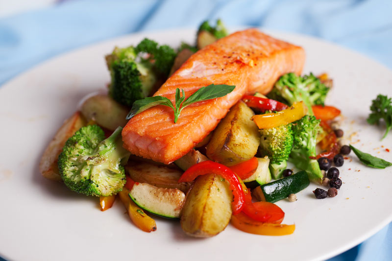 Salmon Steak with Vegetables for Multiple Sclerosis