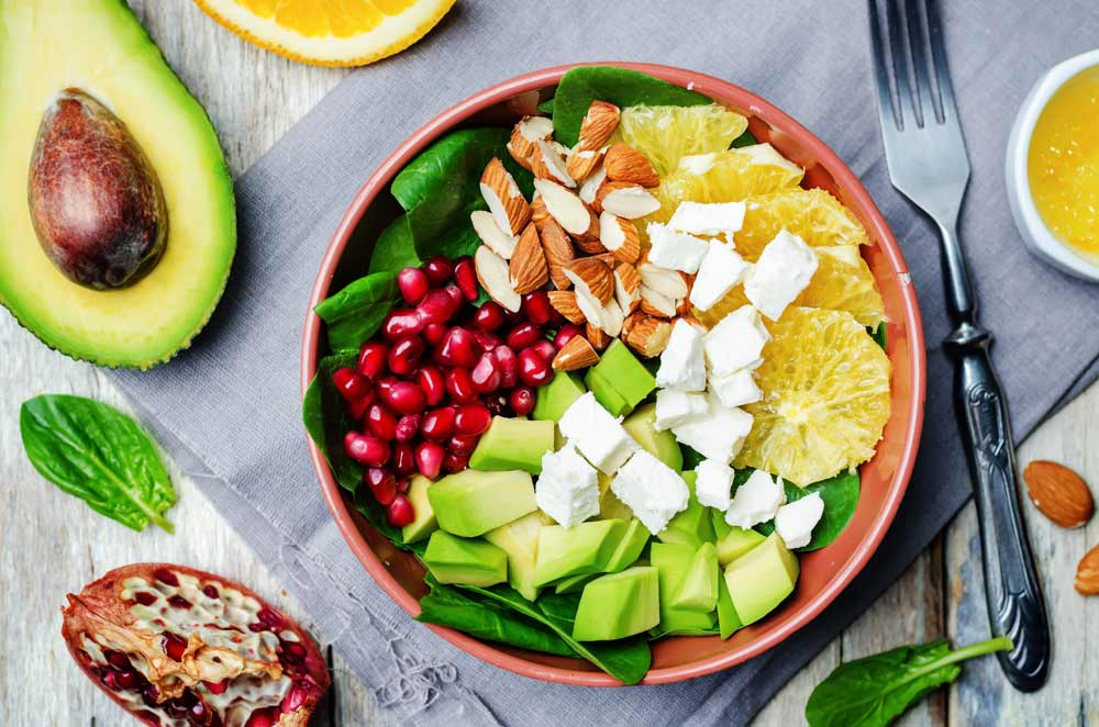 Avocado and Pomegranate Salad for Parkinson's Disease – A Healthy, Delicious Salad