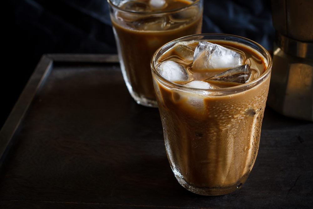 Iced Herbal Latte for Endometriosis