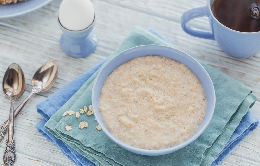 Fight Hypothyroidism Symptoms with Oatmeal Porridge