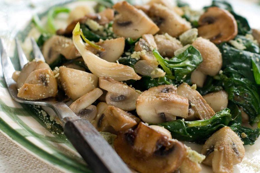 Mushroom Spinach Salad for Cancer